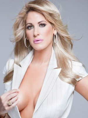 Sliky shoulder length Kim Zolciak Wig