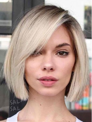 Blonde Short Straight Lace Front Synthetic Wig